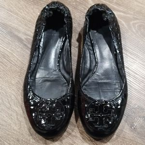 Tory Burch Reva black patent leather croc flats